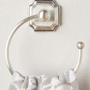 Anthropologie towel ring set of 2 NWT